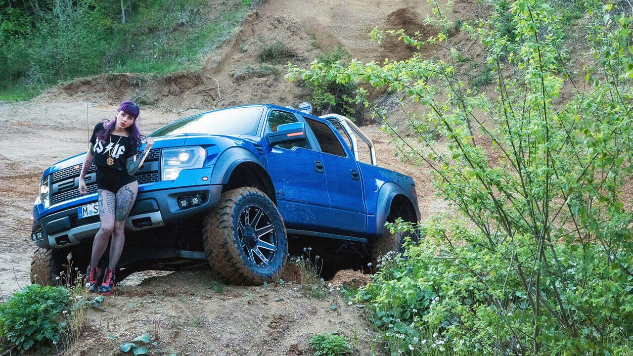 Ford F-150 SVT Raptor 6.2L